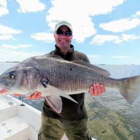 a picture of a blackdrum