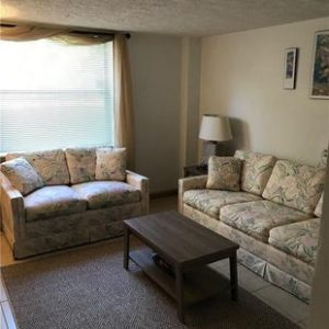a picture of the crystal river fishing lodge living room